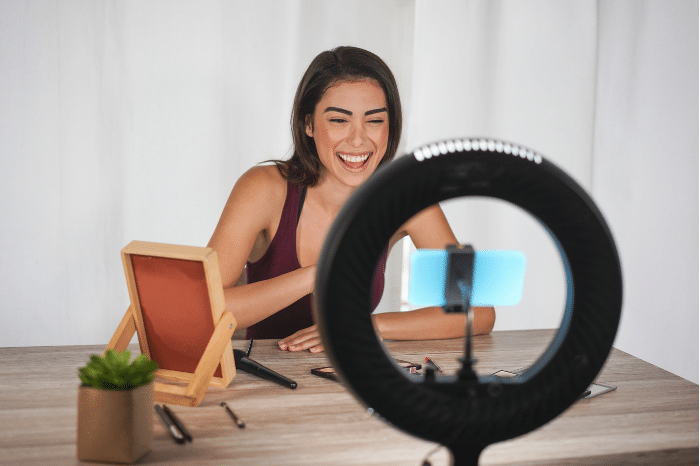 Find your next job with TikTok Resumes?! Everything you need to know about this latest recruitment trend